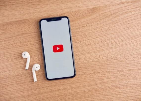برنامج يوتيوب بلس علي نظام التشغيل IOS للايفون